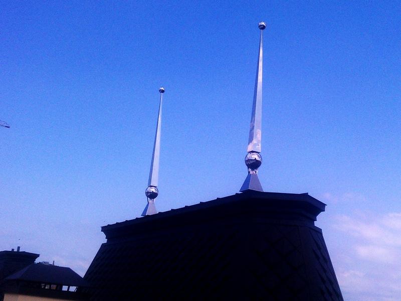 Шпиль на крышу