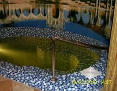 Криволинейный поручень в бассейн