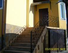 Ограждение из ковки на лестнице