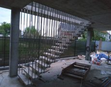 Лестницы на подвесах фото