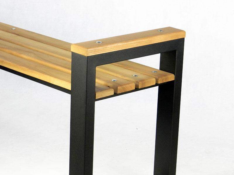 Скамейка из металла и ясеня фото