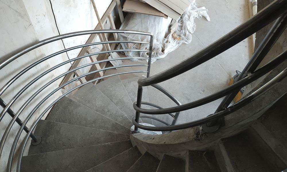 Ограждения для винтовой лестницы