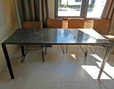 Обеденный мраморный стол